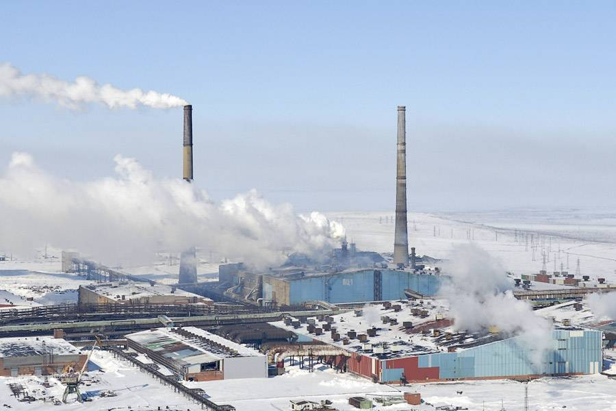 Дымовые газы от промышленных объектов в Арктике, которые собираются закачивать в вечную мерзлоту / ©nordroden.livejournal.com