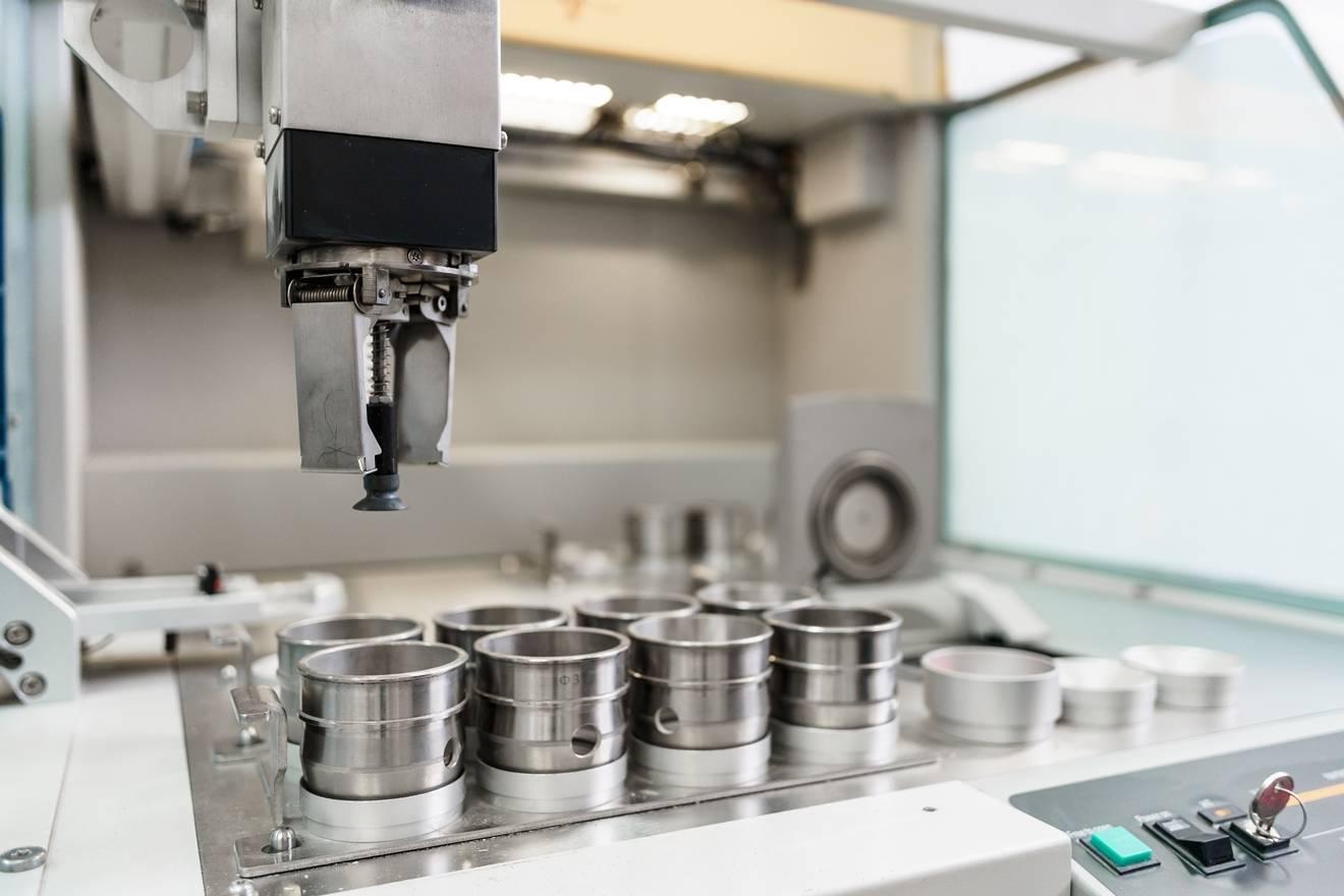 Работу с новейшим лабораторным оборудованием обсудили на Липецкцементе