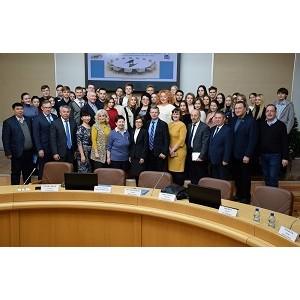 В Оренбурге эксперты назвали достижения и сложности интеграции в ЕАЭС