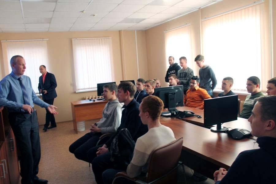 Студенты Мордовии приняли участие в акции ОНФ «Дни в профессии»