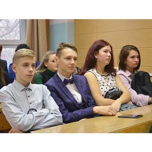 В Рубцовском институте прошла Ярмарка профессий для 800 школьников