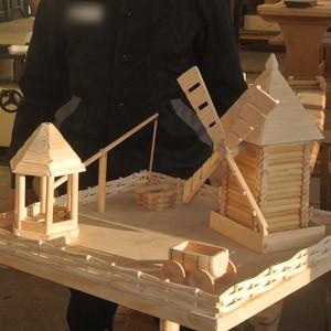 В кузбасской колонии изготовили эксклюзивные кормушки для птиц