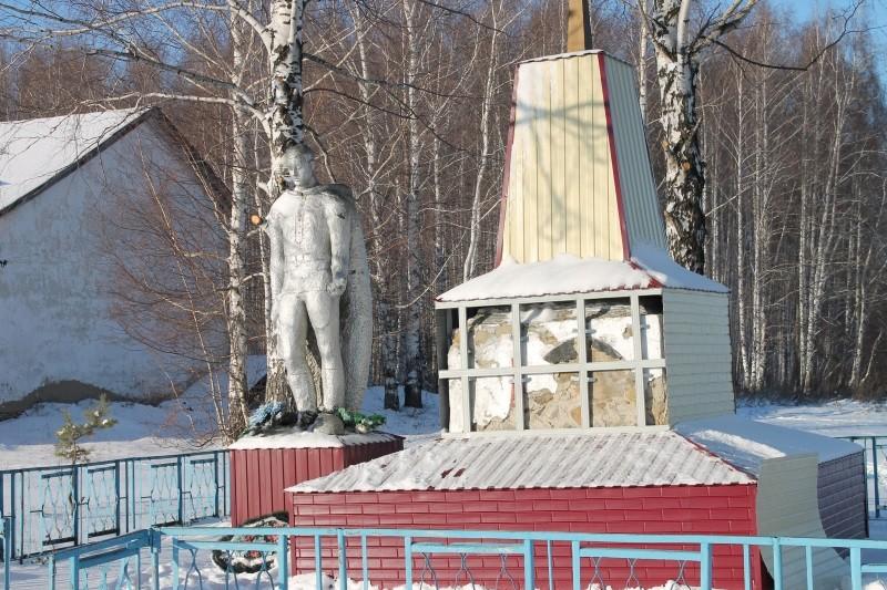 ОНФ в Мордовии внес предложения по ремонту сельского памятника