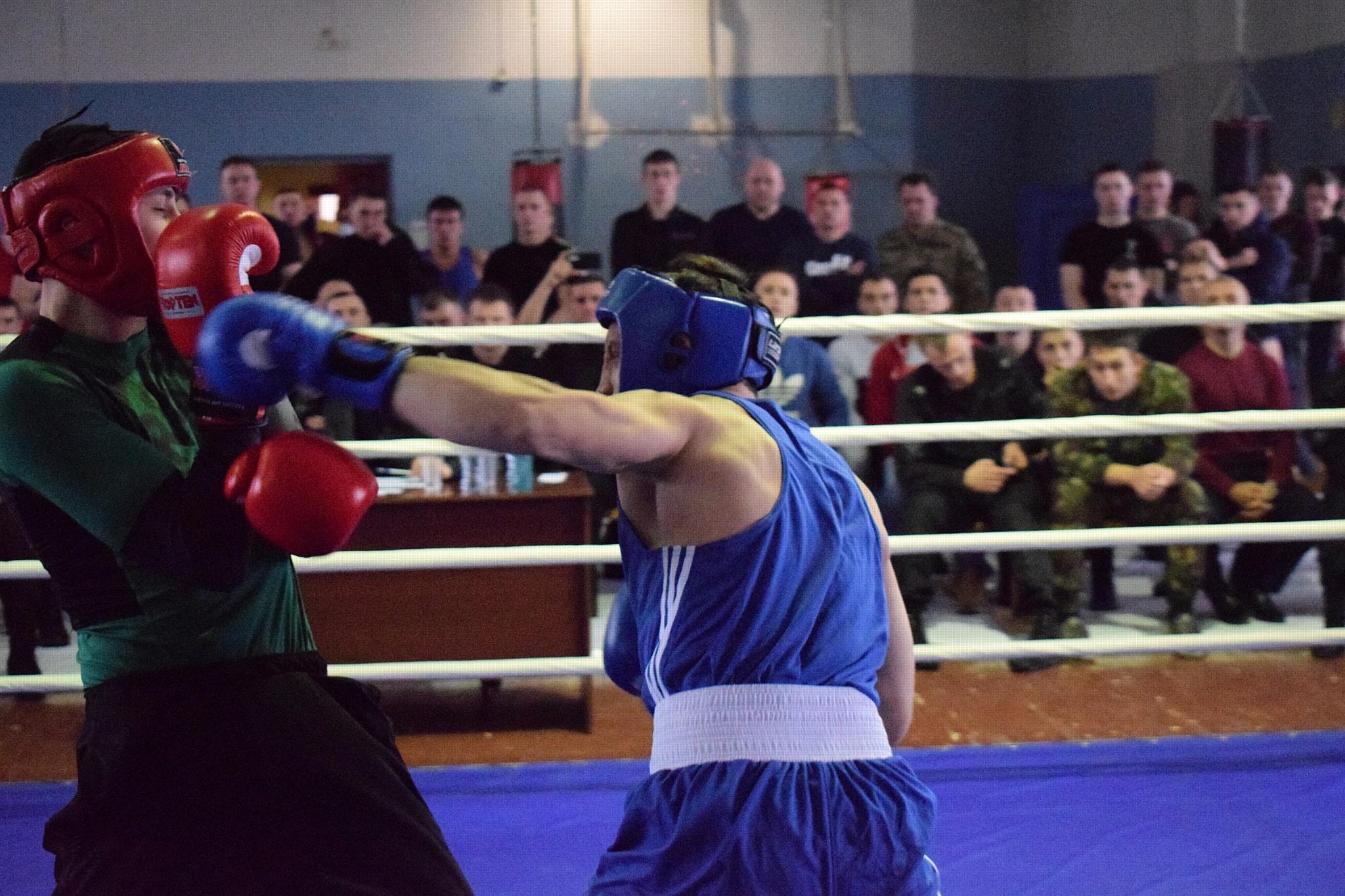 Новосибирский ОМОН отметил очередную годовщину турниром по боксу