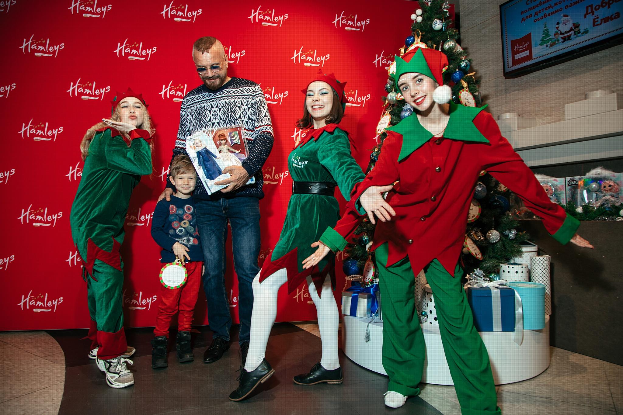 В Москве стартовала благотворительная акция «Добрая елка»