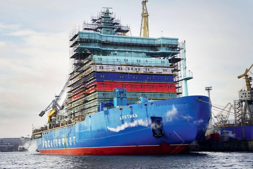 Эксперт об испытании нового ледокола: мы сохраняем лидерство в Арктике