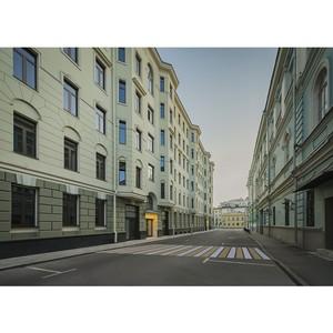 Школы рядом с комплексом элитных особняков «Полянка/44»