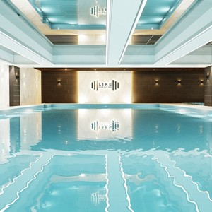 В Выборгском районе открылся новый фитнес-клуб с бассейном