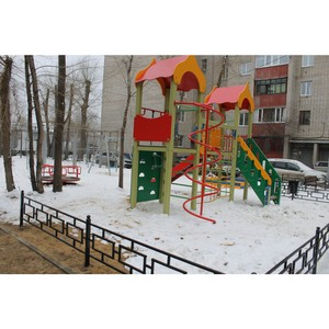 После замечаний ОНФ исправили недостатки ремонта двора в Воронеже