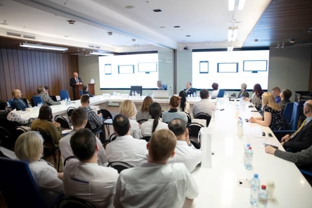 Финские и российские медики обменялись опытом по лечению рака железы