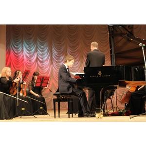 80 музыкантов приняли участие в фестивале «Рояль-концерт» в Кирове