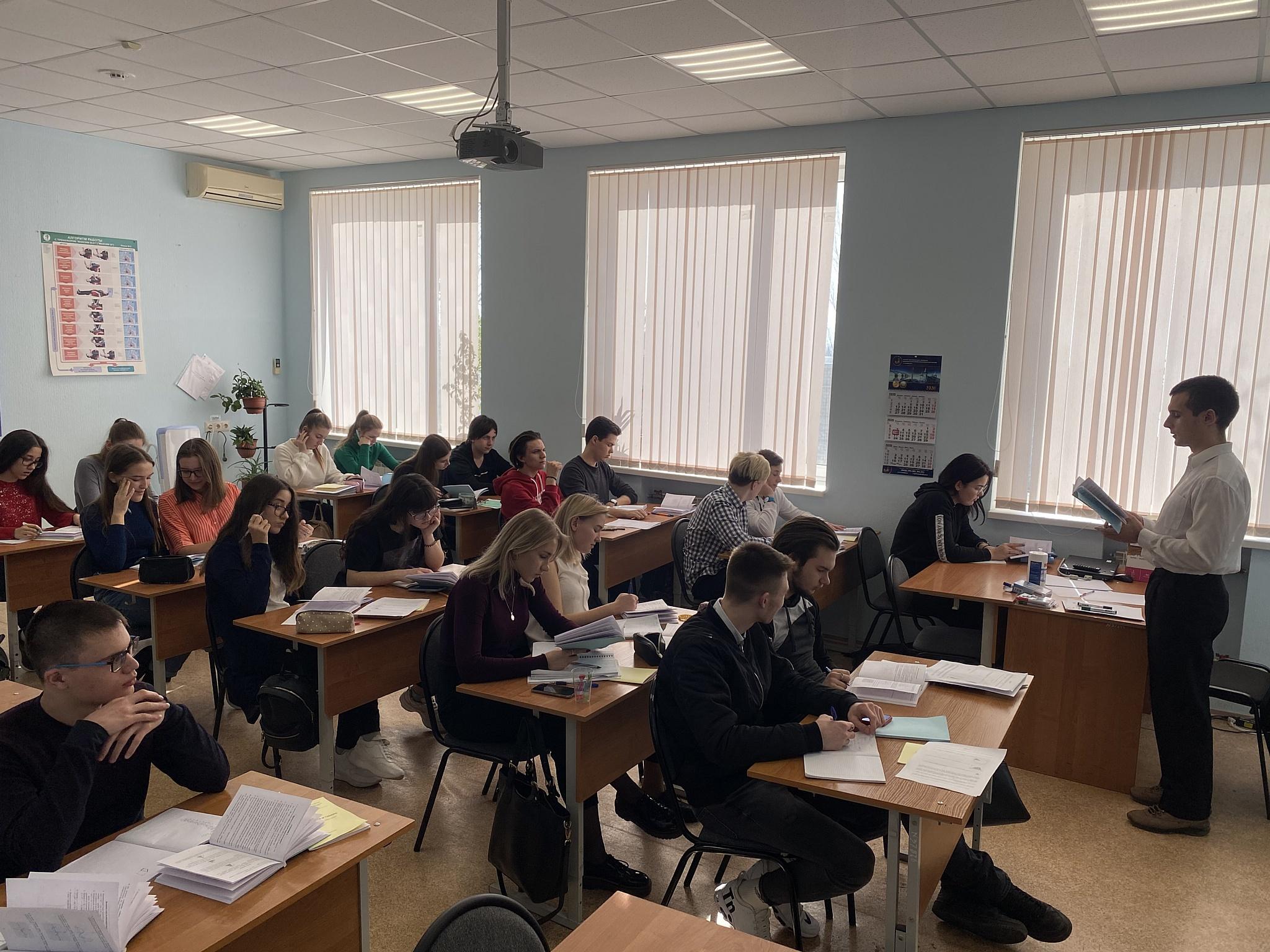 Будущие студенты РГУ нефти и газа прошли обучение в Саратове