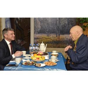 Игорь Маковский посетил ветерана Великой Отечественной войны