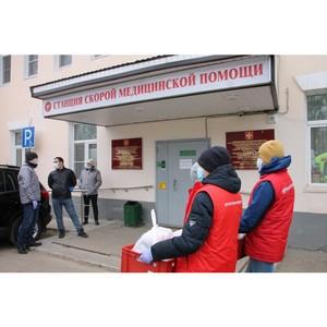 В Коми участники акции #МыВместе передали партию горячих обедов врачам