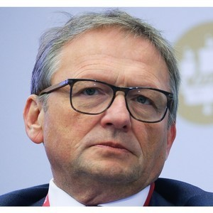 Титов просит не взыскивать с бизнеса неустойки за неоплату услуг ЖКХ
