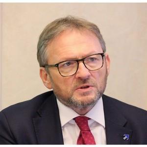Титов предложил главе ФНС обновить реестр МСП в мае, а не в августе