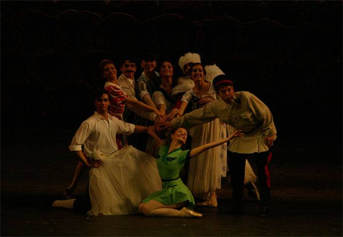 Большой театр: Онлайн-трансляция балета «Светлый ручей» 3 мая
