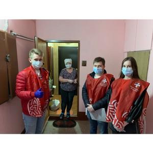 Жители Воронежской области начали получать продукты из «тележек добра»