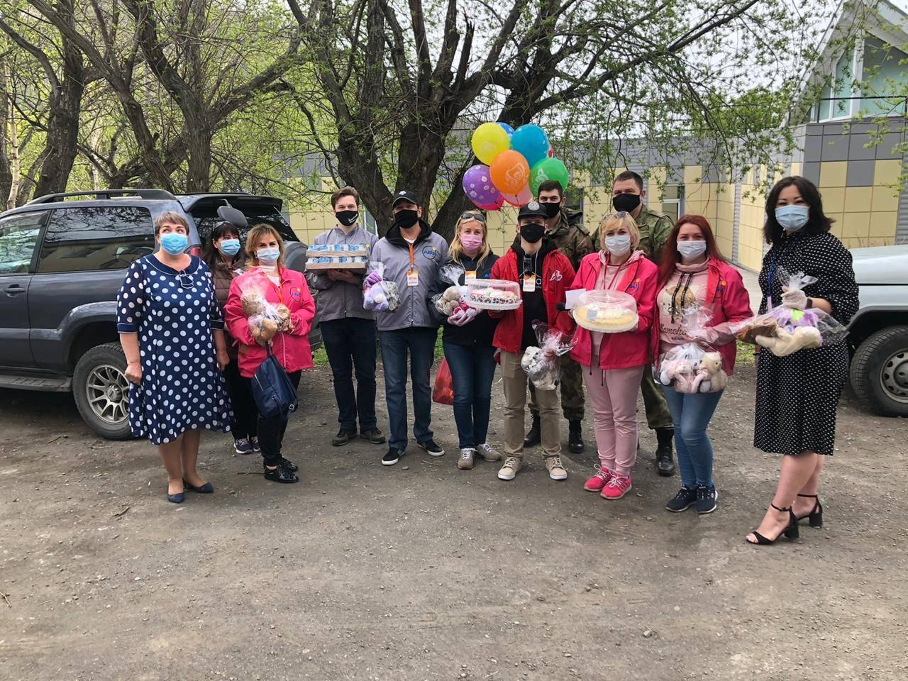 Камчатские активисты ОНФ отметили День защиты детей серией добрых дел