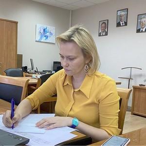 Выручка в частной медицине Москвы в пандемию снизилась на 80-90%