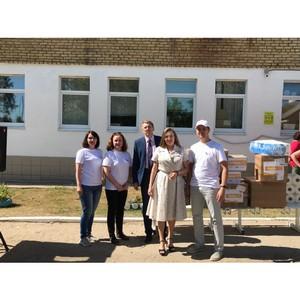 Волонтеры #МыВместе в Коми передали сельским врачам средства защиты