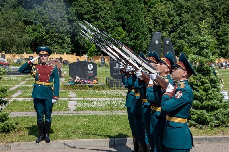 Росгвардия простилась с полковником в отставке Алексеем Волошиным