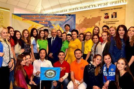 Ростовский университет дарит обучение участникам IT-соревнования