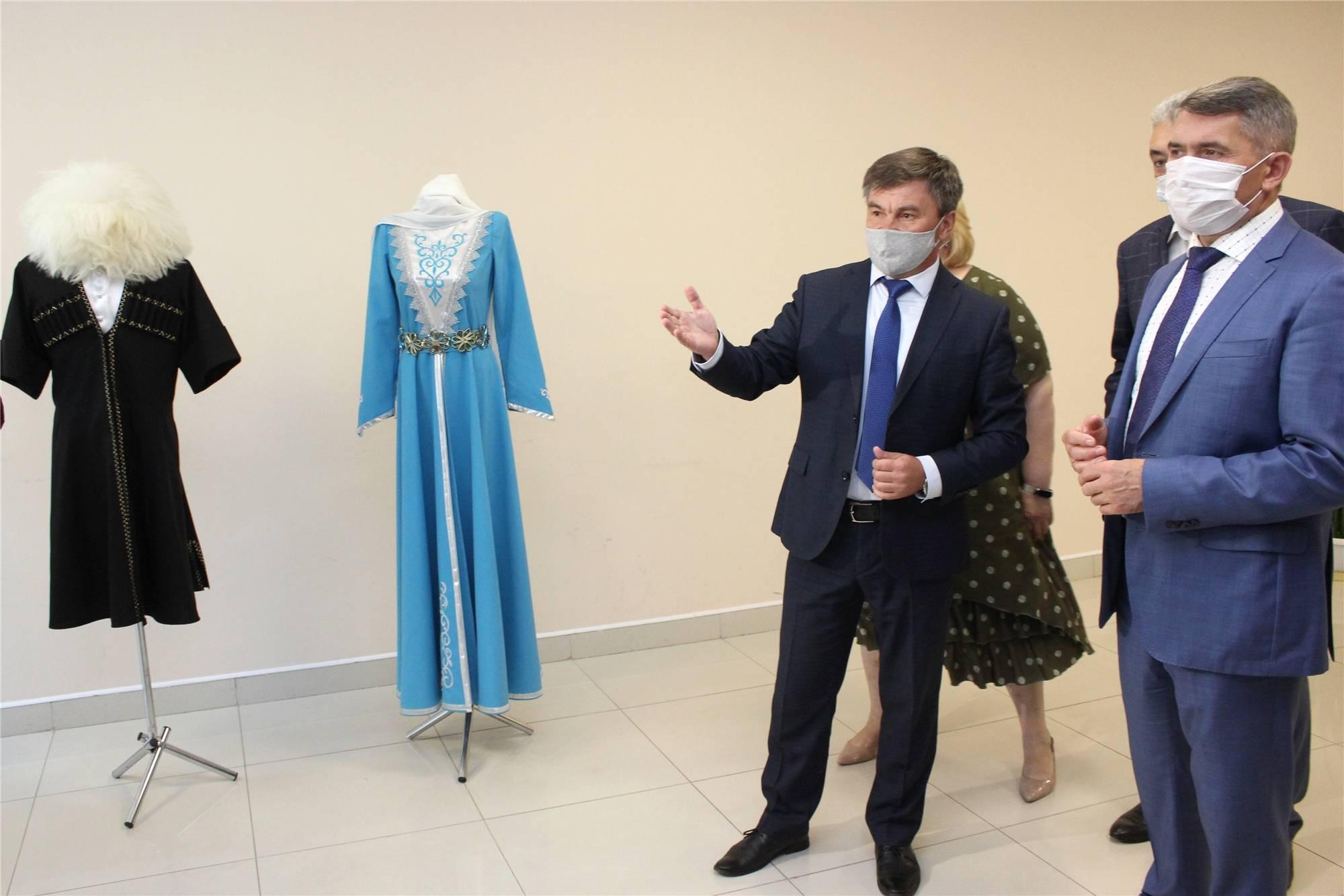 Врио главы Чувашии встретился с национально-культурными объединениями