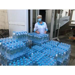 «Балтика» помогла водой медучреждениям Новосибирска и Красноярска