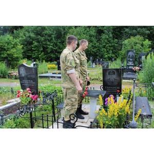 В Чувашии росгвардейцы почтили память полковника А.С. Таранова