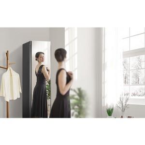LG Styler с зеркальной дверью в новом компактном размере