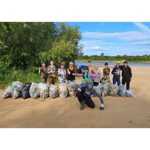 ОНФ в Коми в День Государственного флага провел экосубботники