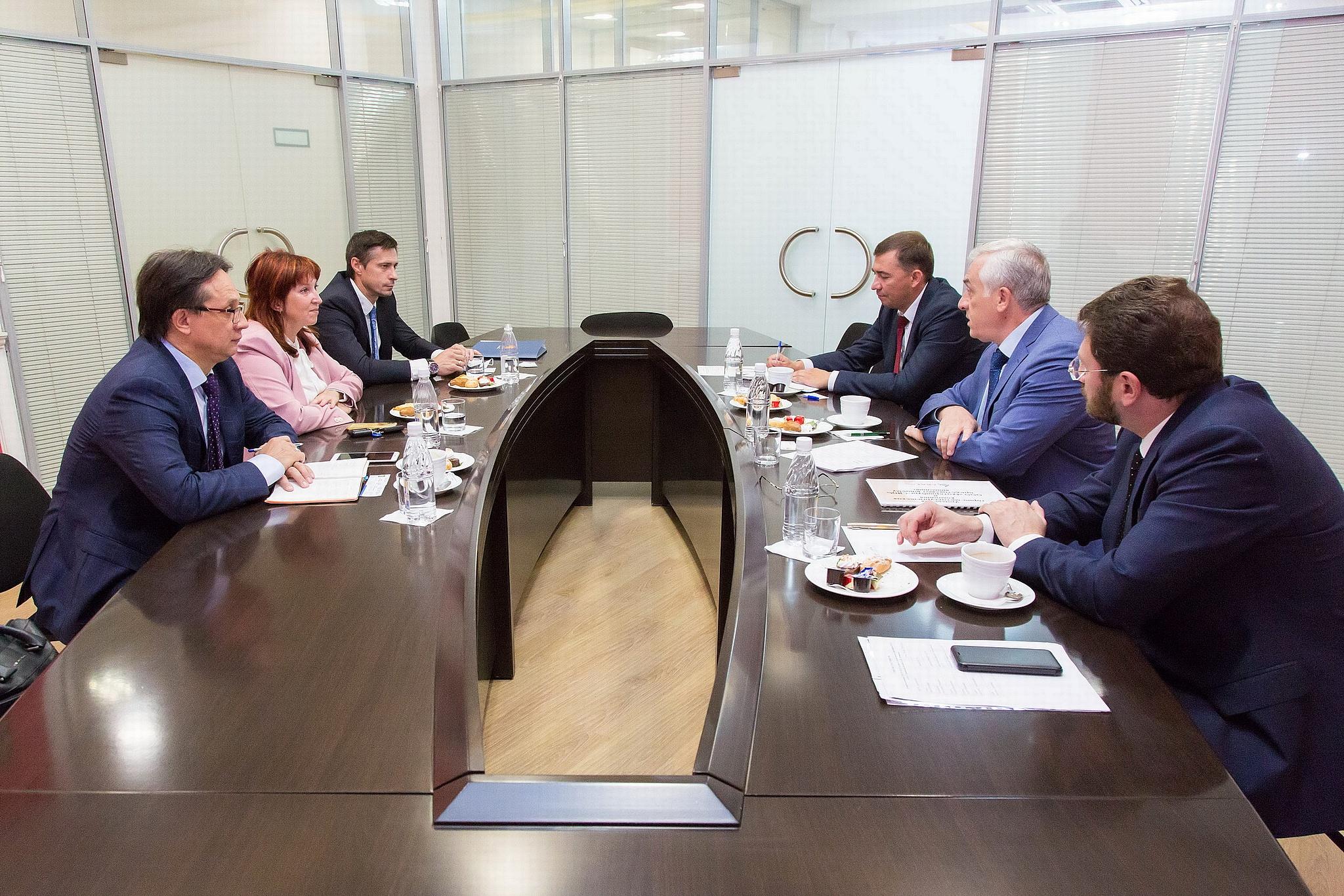 Новый стратегический партнер УрГЭУ — ОЭЗ «Титановая долина»