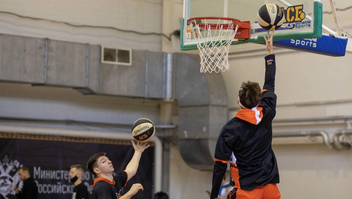 Стартовал баскетбольный турнир к юбилею УрФУ