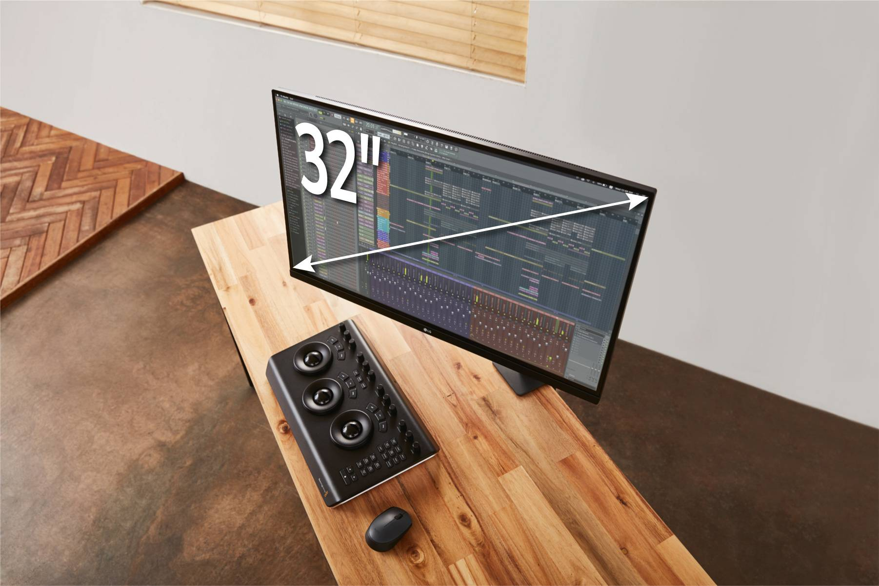 "Новый монитор 32"" 4K UltraFine Display Ergo в России"