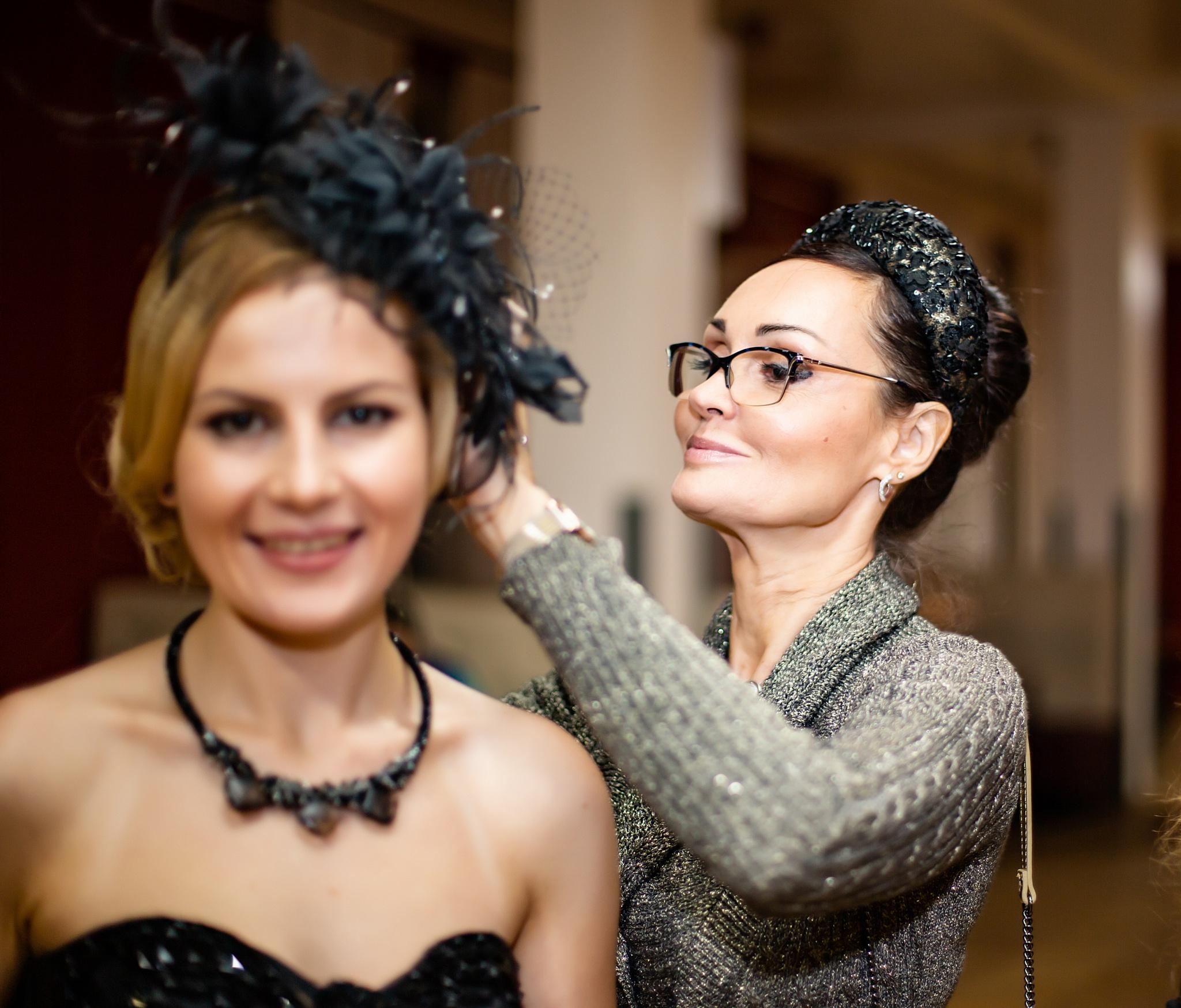 Актриса Марина Вайнпрес и дизайнер головных уборов Светлана Кварта