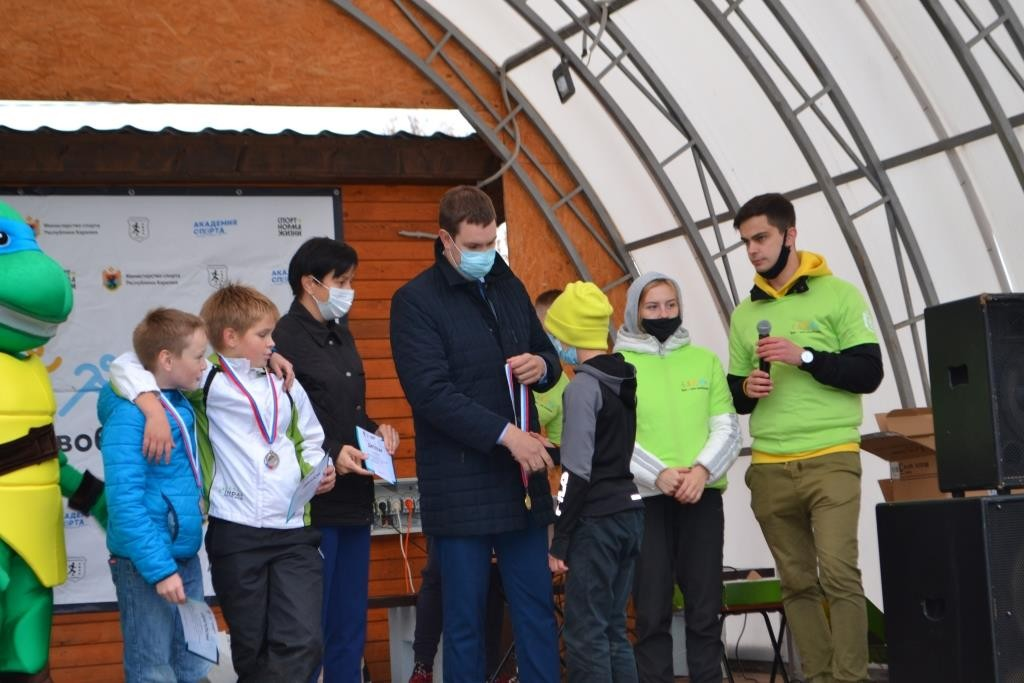 МУ «Деревянская школа №9» приняла участие в легкоатлетическом кроссе