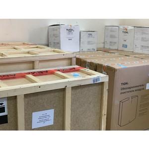 Бадма Башанкаев передал Калмыкии оборудование для борьбы с инфекциями