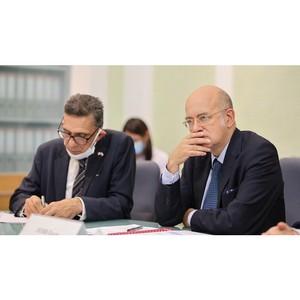Посол Франции в России Пьер Леви посетил УрФУ