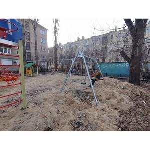 ОНФ просит мэрию Воронежа взять на контроль запоздавший ремонт двора