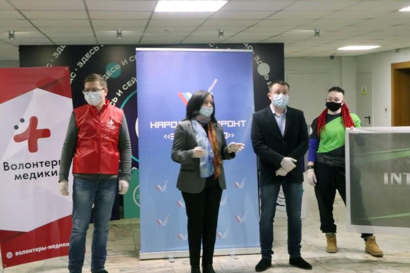 Волонтерам-медикам Мордовии подарили сертификаты на занятия фитнесом