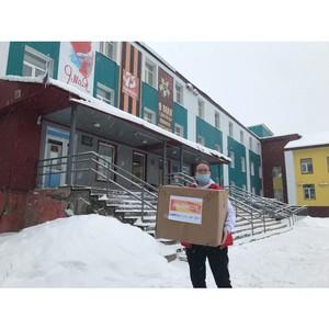 Участники #МыВместе передали 4 тысячи СИЗов ЦРБ Княжпогостского района