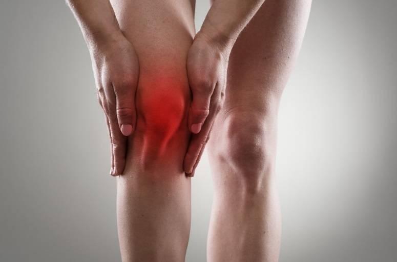 Риск развития остеоартрита повышается с возрастом, особенно после 50 лет