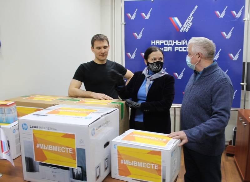 В Мордовии медикам Ковылкинского ковидного госпиталя передали подарки