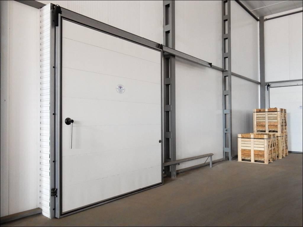 Откатная дверь для морозильной камеры