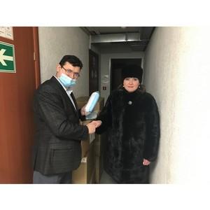 Активисты ОНФ в Коми передали 18 тысяч СИЗов для соцработников