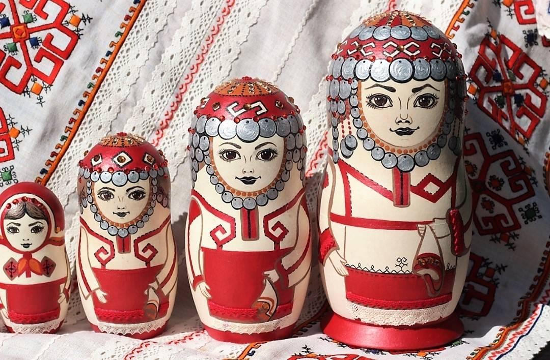 Выставка чувашского мастера из Петербурга