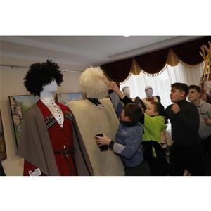 Выставка национального костюма из Владимира покорила чебоксарцев