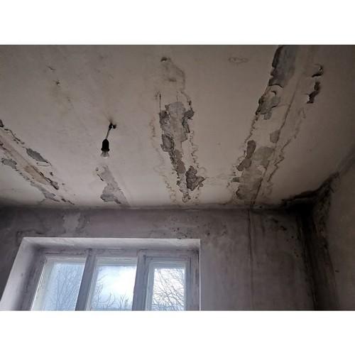 Дом в центре Воронежа пятый год тонет из-за капремонта кровли