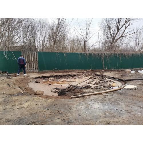 В Острогожске предприятие сливает химические отходы в местный пруд